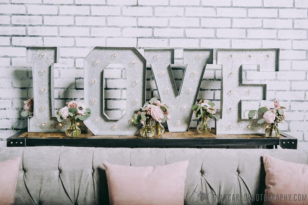 RW Events, Orlando Vintage Rentals, Vintage Rentals, Central Florida Wedding, industrial wedding decor,