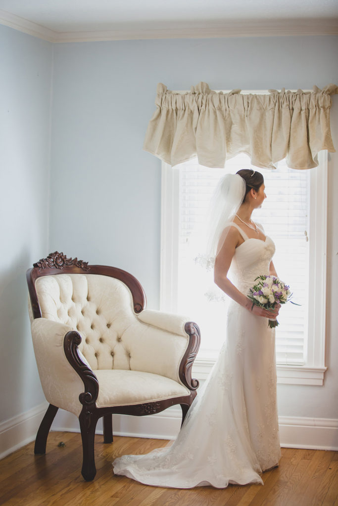 Cypress Grove Estate House, Orlando Wedding Venues, Central Florida Wedding Venues, Lakeside Wedding, Outdoor Wedding, Elegant Wedding, Southern Wedding, Destination Wedding, Intimate Wedding, Bridal Suite, Purple Bridal Bouquet, Bridal Portraits