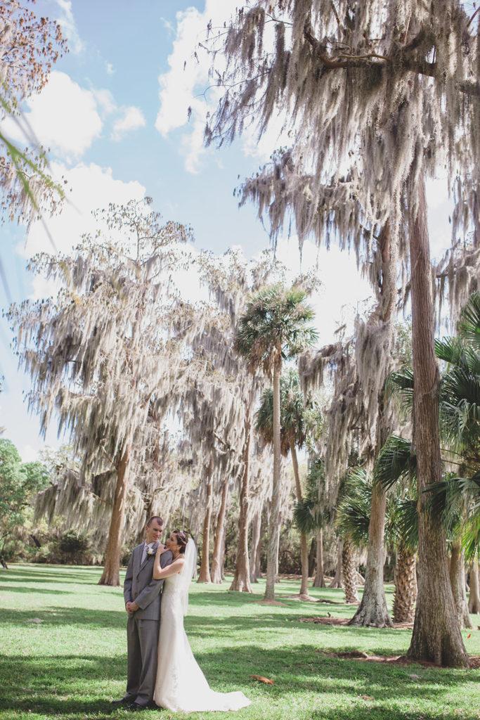Cypress Grove Estate House, Orlando Wedding Venues, Central Florida Wedding Venues, Lakeside Wedding, Outdoor Wedding, Elegant Wedding, Southern Wedding, Destination Wedding, Bride and Groom Photos, Intimate Wedding