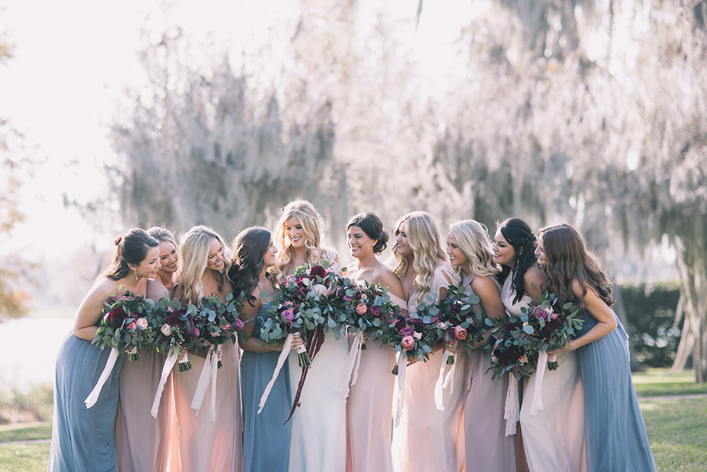 Orlando Wedding Venues Central Florida Lakeside Outdoor Southern Rustic Bridal Party Photos Pastel