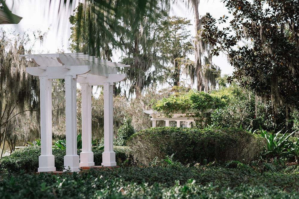 Cypress Grove Estate House, Orlando Wedding Venues, Central Florida Wedding Venues, Lakeside Wedding, Outdoor Wedding, Southern Wedding, Rustic Wedding, Classic Wedding, Plantation Home, Spanish Moss, Cypress Trees, pergola