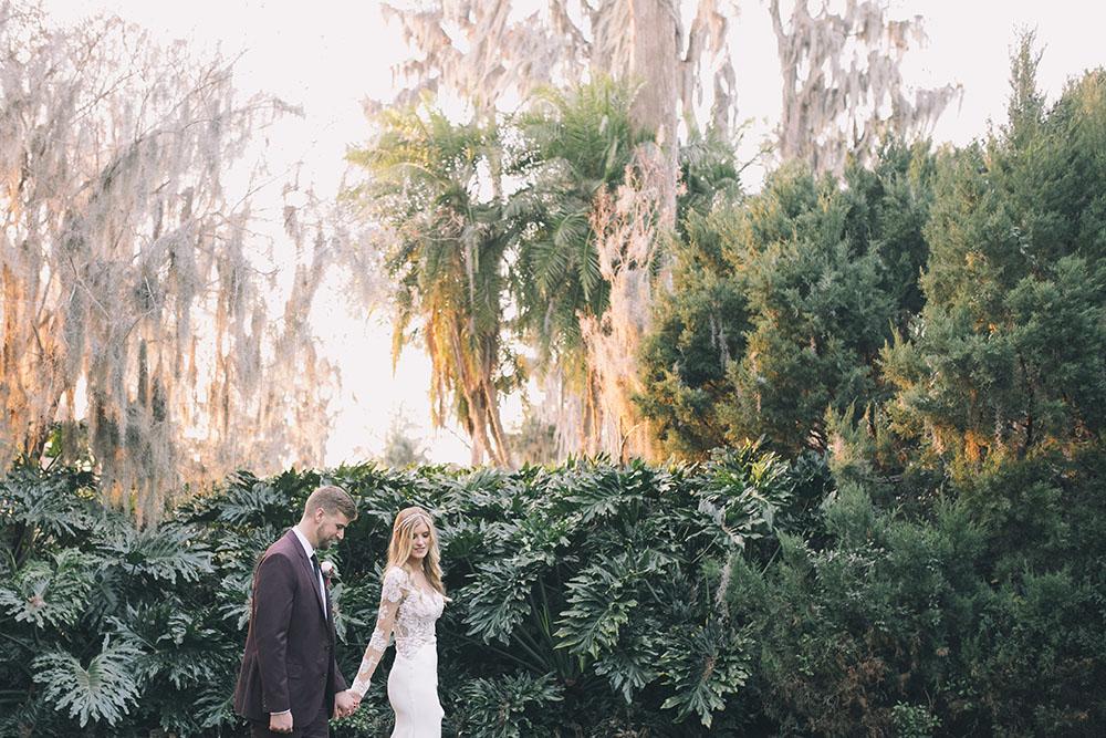 Cypress Grove Estate House, Orlando Wedding Venues, Central Florida Wedding Venues, Lakeside Wedding, Outdoor Wedding, Elegant Wedding, Southern Wedding, Bride and Groom Photos, Garden Wedding, park wedding, bohemian wedding, boho wedding