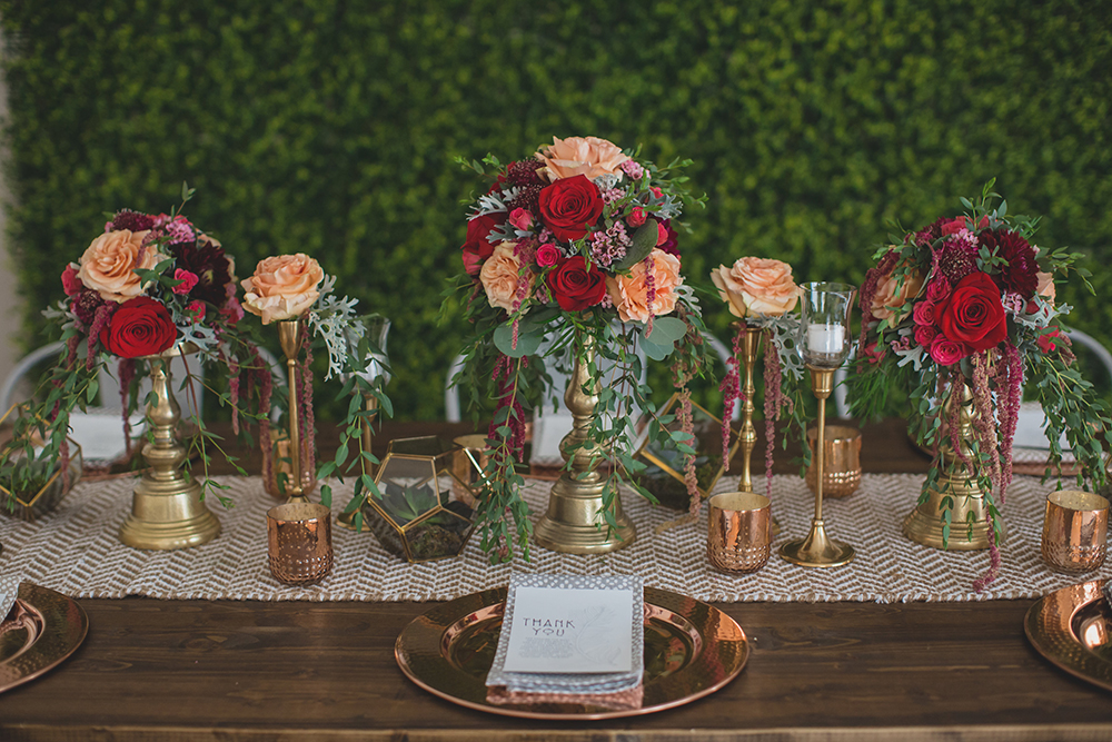RW Events, Event Designer, Vintage Rentals. Orlando Vintage Rentals, Wedding Floral, Fall Wedding Decor, Gold Wedding Decor, Red and Orange Wedding Decor, Orlando Wedding Designer, Orlando Wedding Stylist, Farm Table, Copper Chargers, Modern Wedding Decor, Succulents, Copper Votives