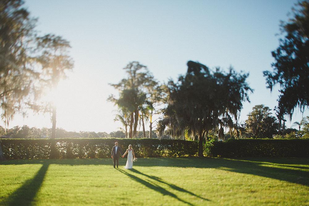 Cypress Grove Estate House, Orlando Wedding Venues, Central Florida Wedding Venues, Lakeside Wedding, Outdoor Wedding, Elegant Wedding, Southern Wedding, Bride and Groom Photos, Spanish Moss, Cypress Trees