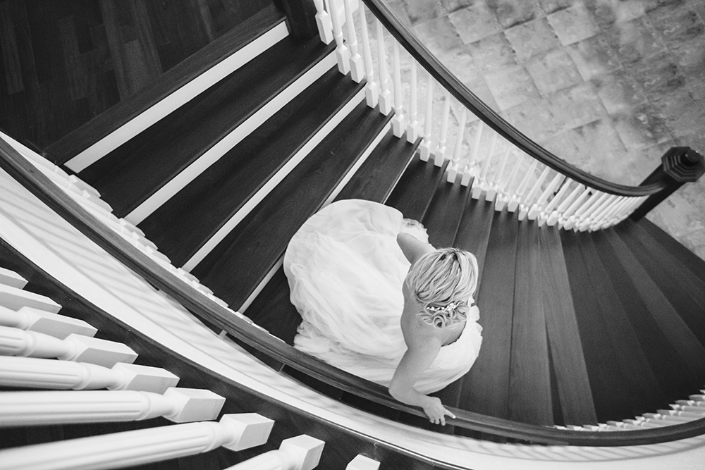 Luxmore Grande Estate, Central Florida Wedding Venue, Orlando Wedding Venue, Luxury Orlando Wedding, Ballroom Wedding, Wedding Floral, Bride and Groom Photos