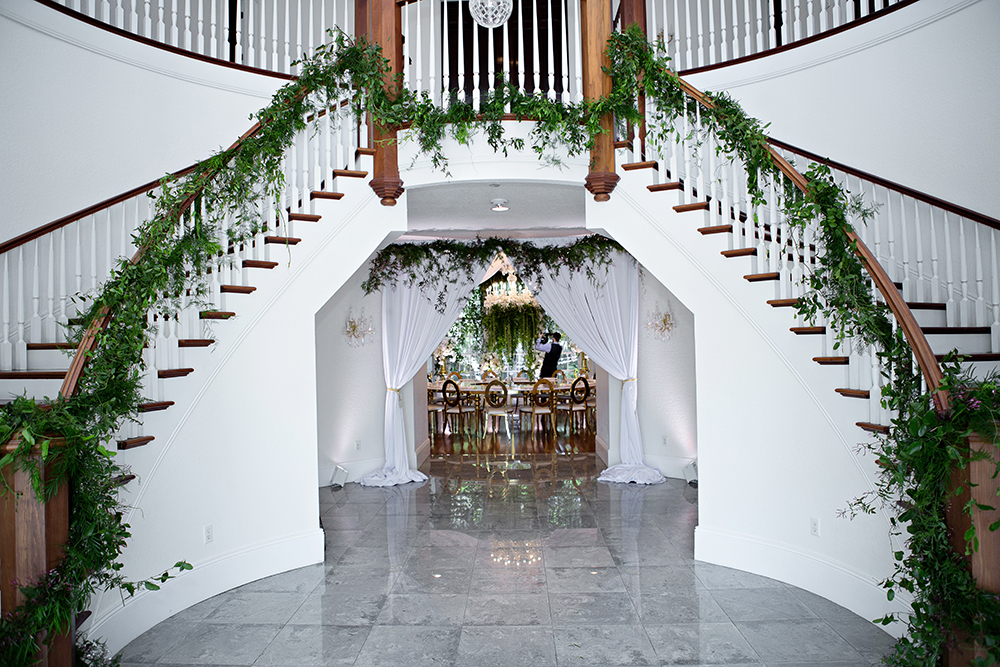 grand staircase, twin staircase, luxury venue, indoor venue, ballroom wedding, central florida wedding venues, orlando wedding venues, luxmore grande estate