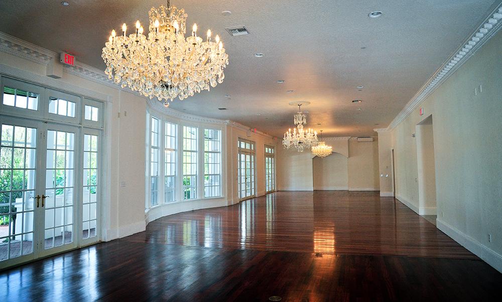 ballroom ceremony, ballroom reception, luxury wedding venue, orlando wedding venue, chandeliers, hardwood floors, ballroom wedding, central florida wedding venues,