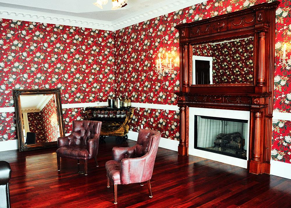 Luxmore Grande Estate, Central Florida Wedding Venue, Orlando Wedding Venue, Luxury Orlando Wedding, Ballroom Wedding, bespoke grooms room,