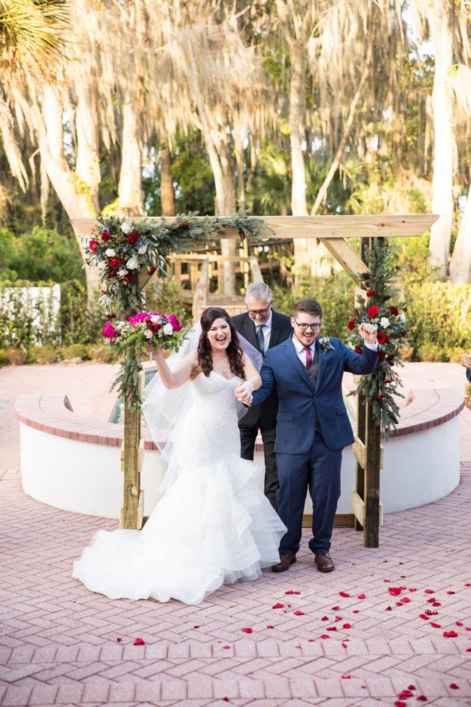 patio ceremony, outdoor ceremony, fountain ceremony, outdoor venue