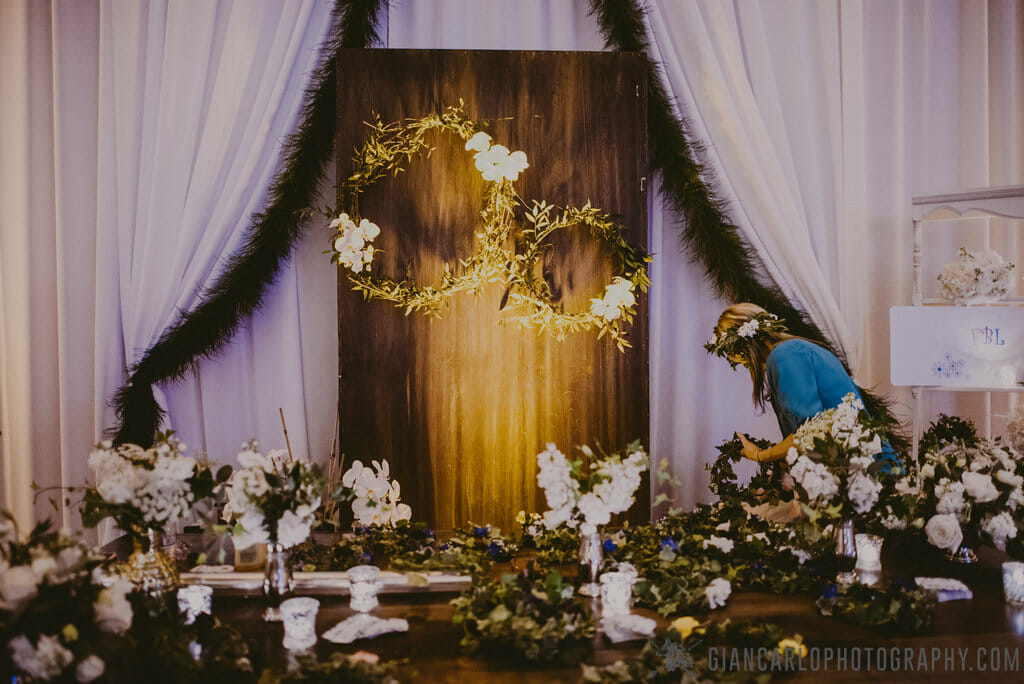 RW Events at the Florida Wedding expo bridal show, featuring a selection of our specialty rentals paired with florals from Flowers by Lesley.