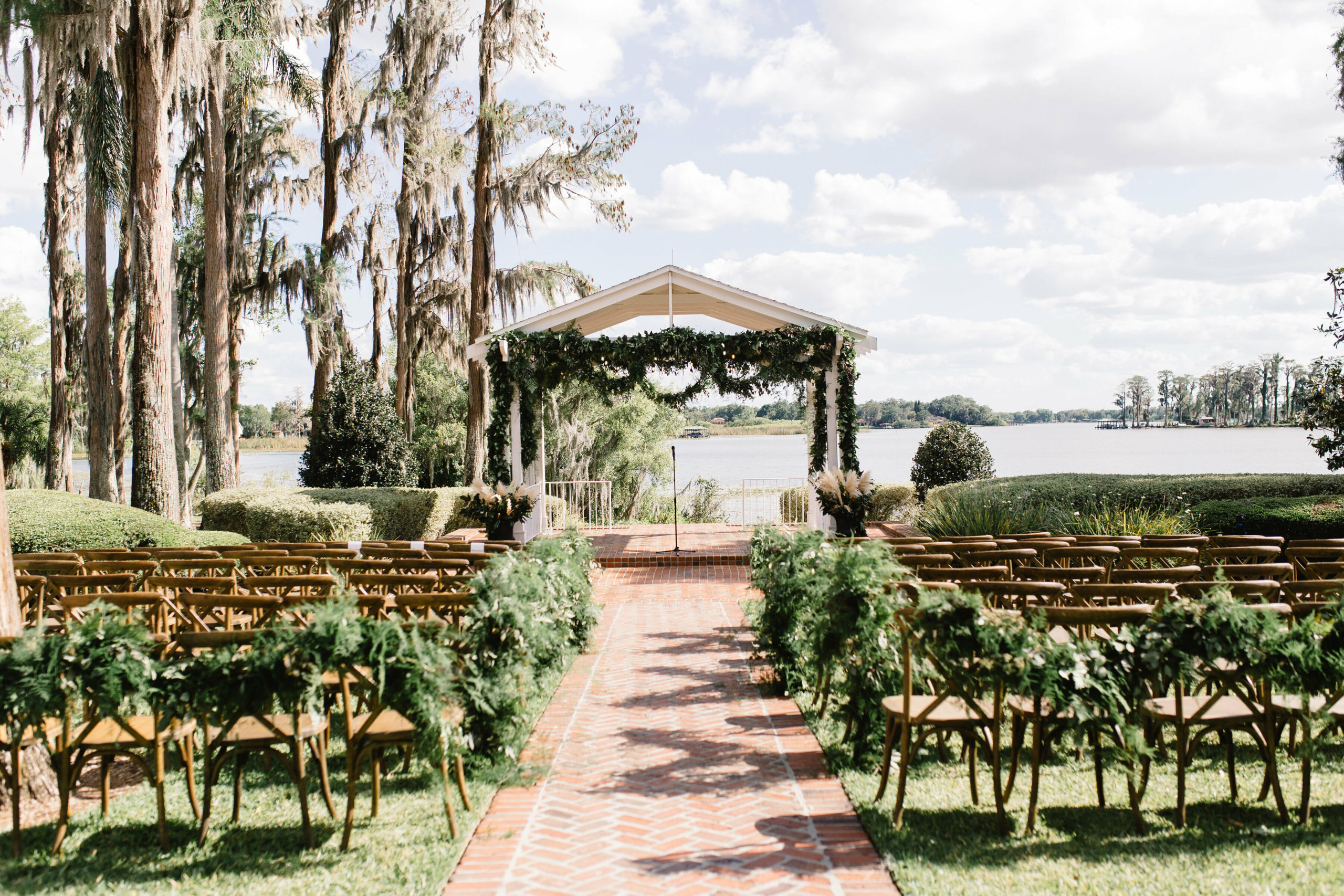 cypess_grove_estate_house_wedding_outdoor_orlando_wedding_venue (10)