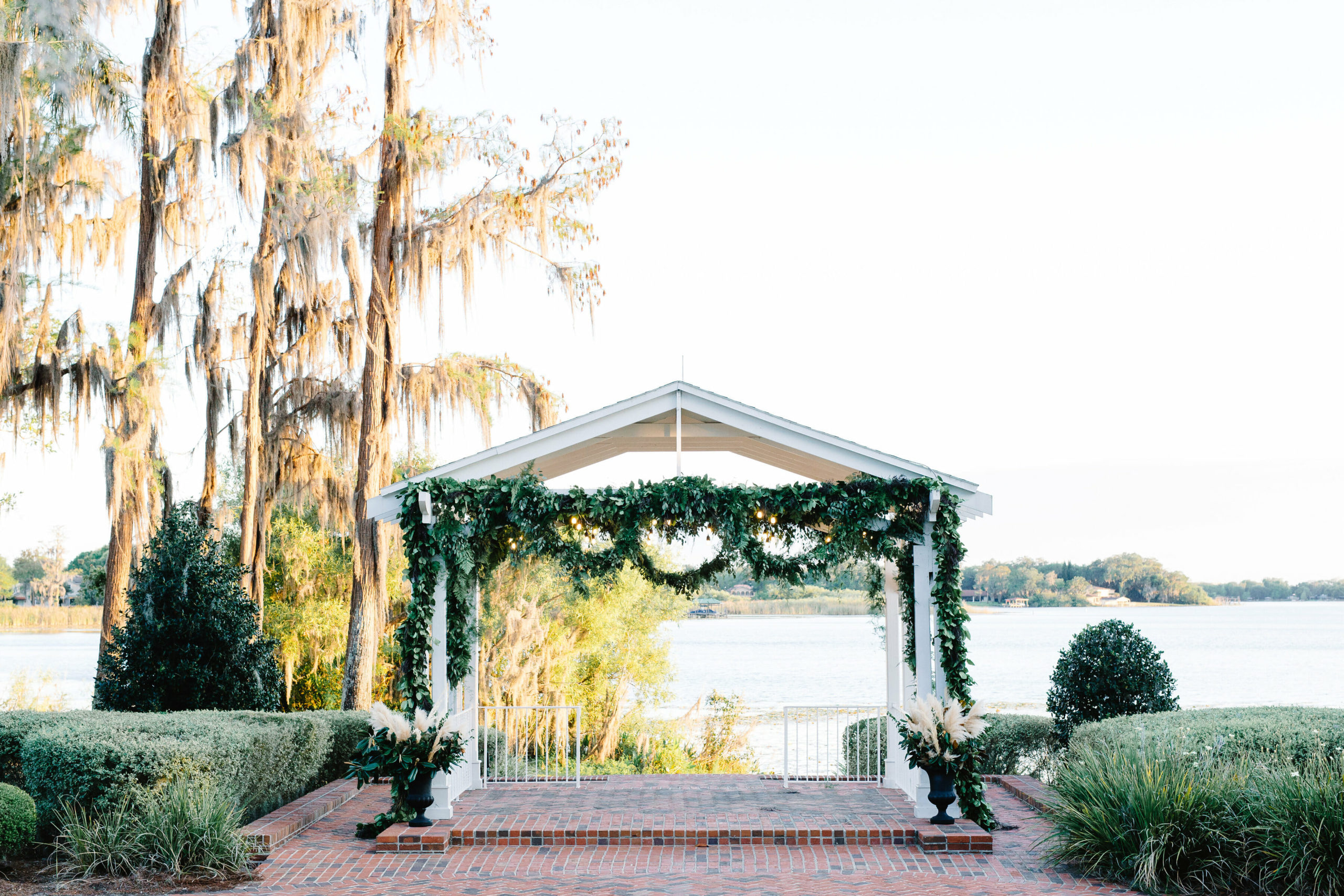 cypess_grove_estate_house_wedding_outdoor_orlando_wedding_venue (15)
