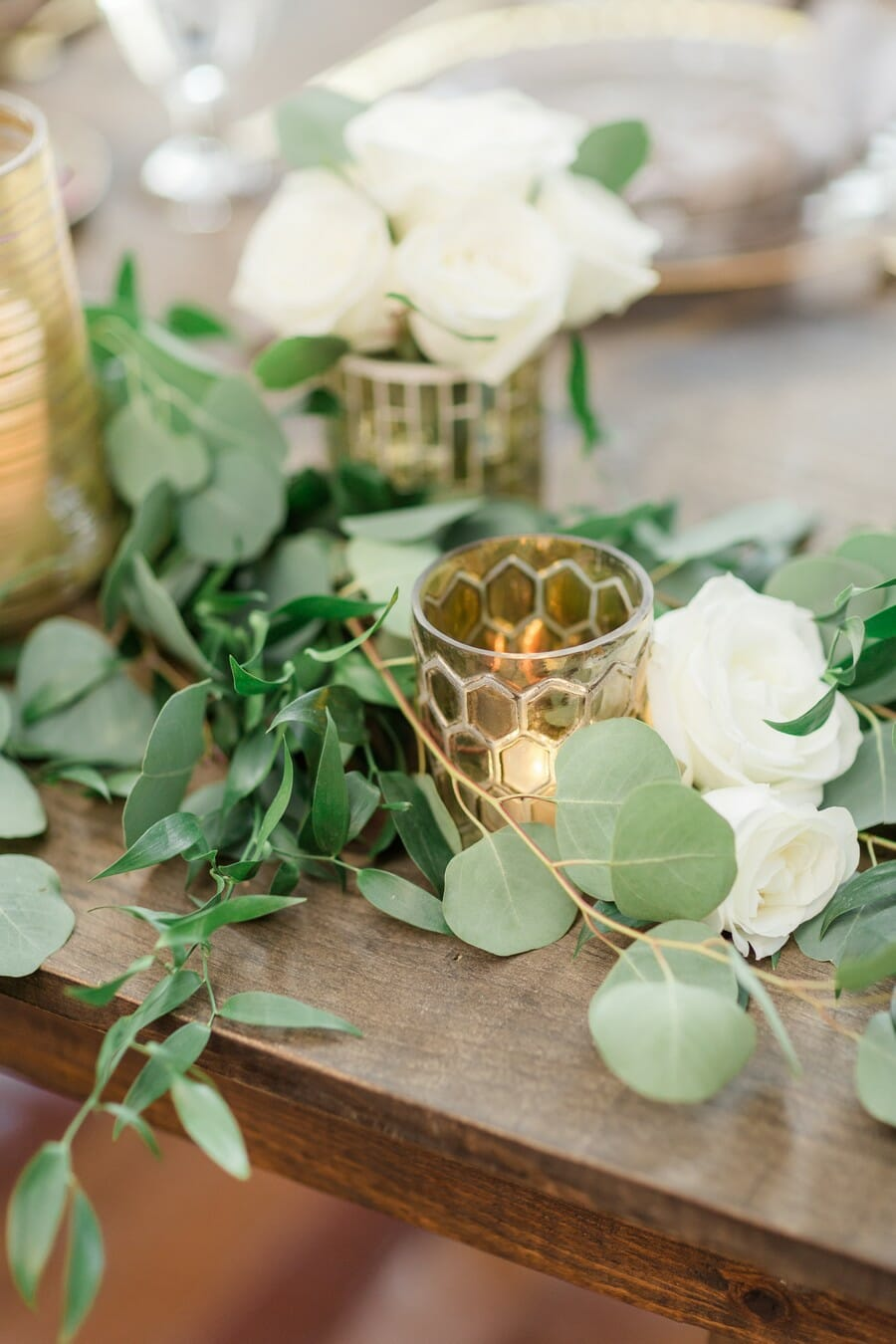 Votives on the Sweetheart Table